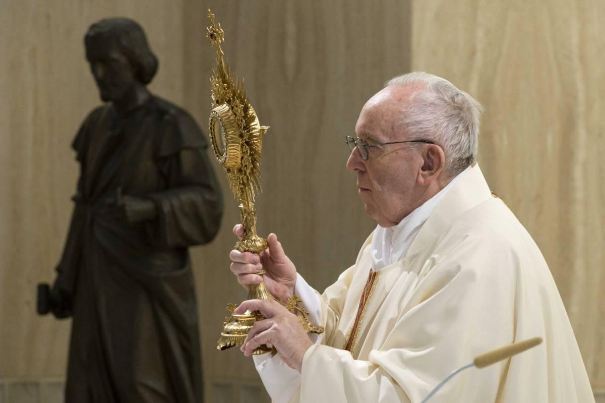 La Chiesa sposa l'ecologismo: ecco l'ultima mossa del Papa