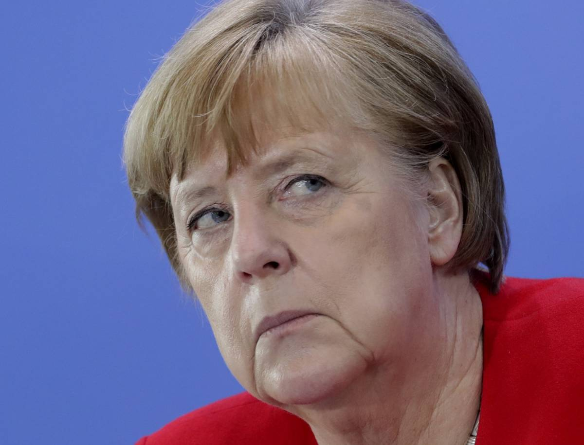 Lo sgarbo della Merkel al padrone di casa. La cancelliera snobba il G7 di Washington