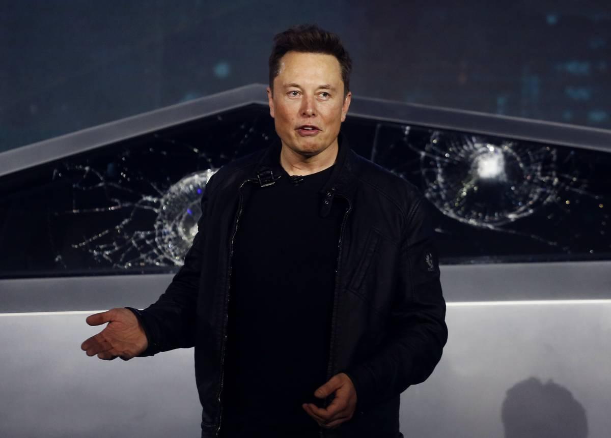Musk scarica il Bitcoin, quotazioni a picco