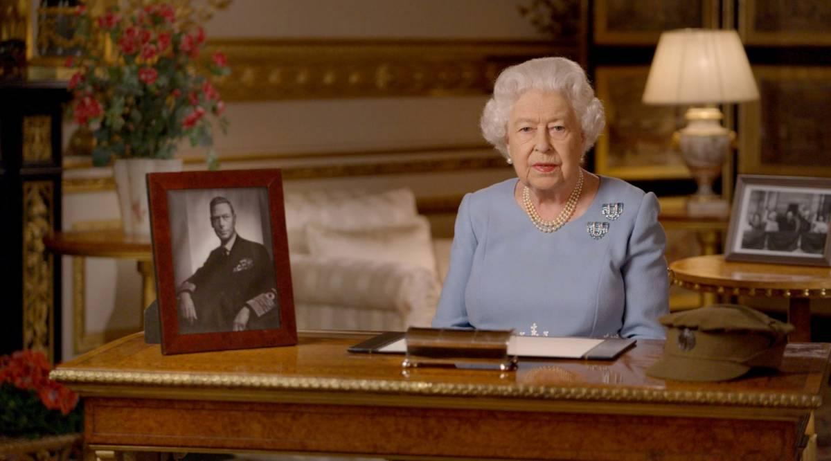 La Regina adesso esce di scena: ecco cosa può succedere a Londra