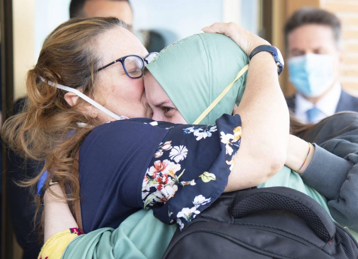 """Silvia Romano convertita all'Islam: """"Non sarebbe sopravvissuta"""""""