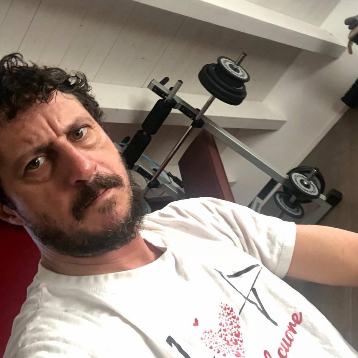 """Luca Bizzarri ancora contro Conte: """"Capisco perché il governo non riesce a farsi degli amici"""""""