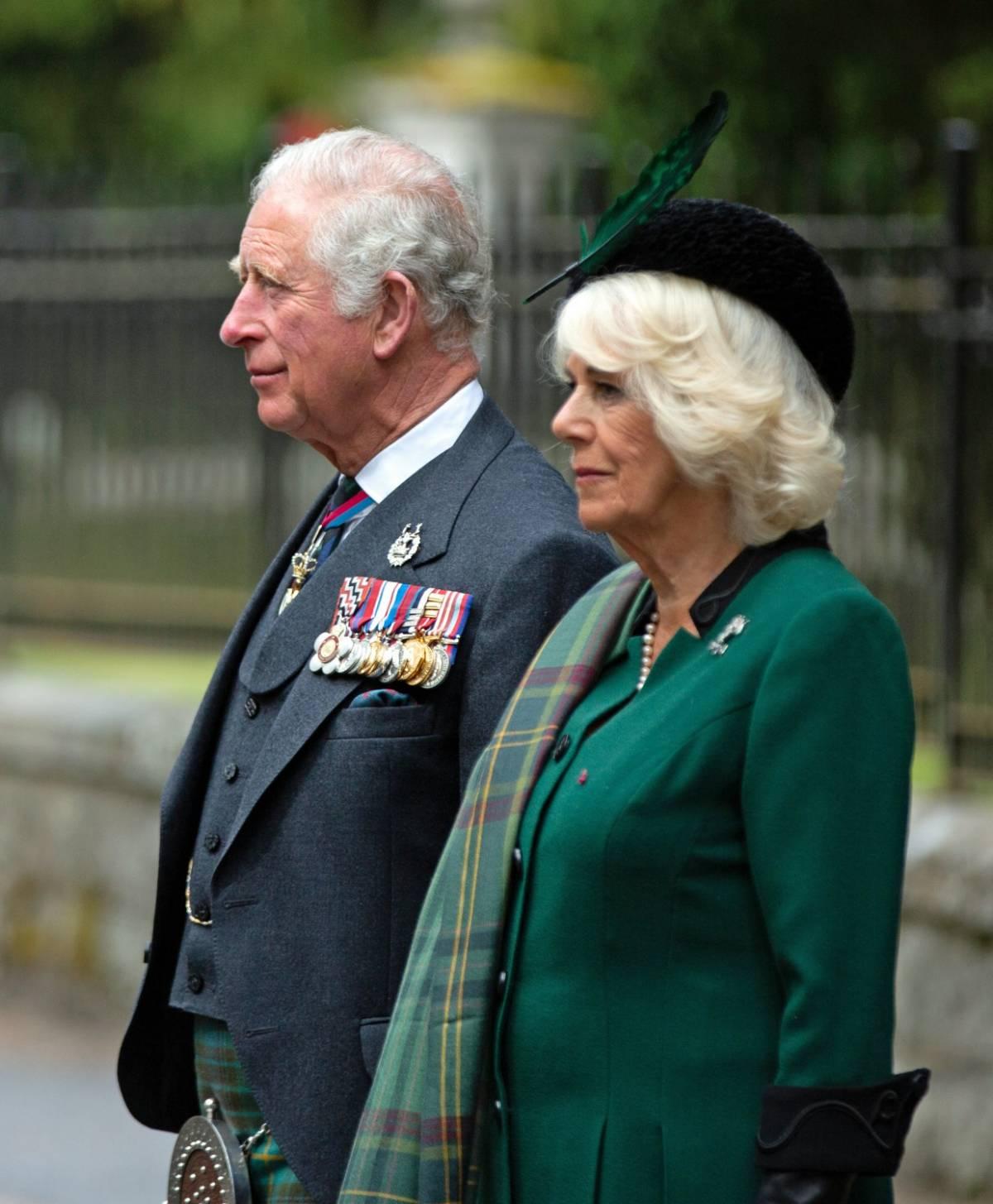 Camilla ha contagiato Carlo? Il retroscena sulla Royal Family