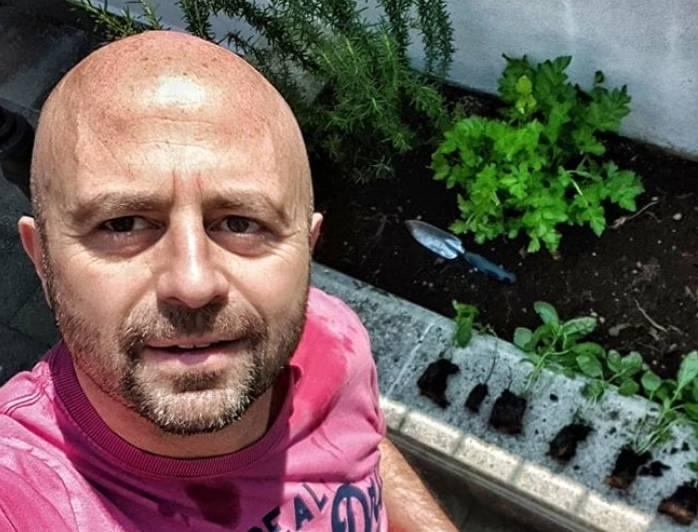 "Striscia, minacce a Luca Abete: ""Vieni a Udine così ti pestiamo"""