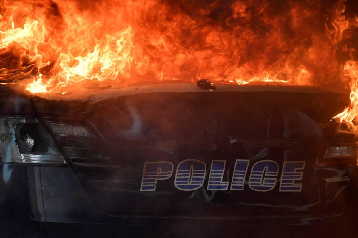 Stati Uniti nel caos, ancora rivolte per morte George Flyod
