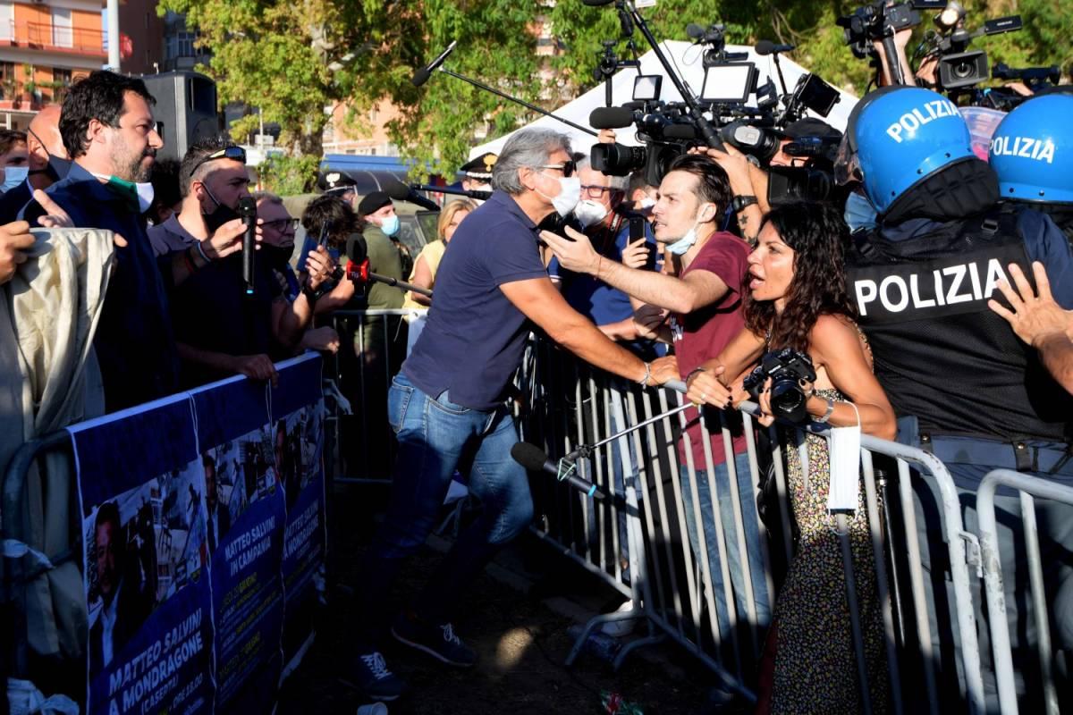 """Salvini all'attacco: """"Non ho paura di tornare a Mondragone"""""""