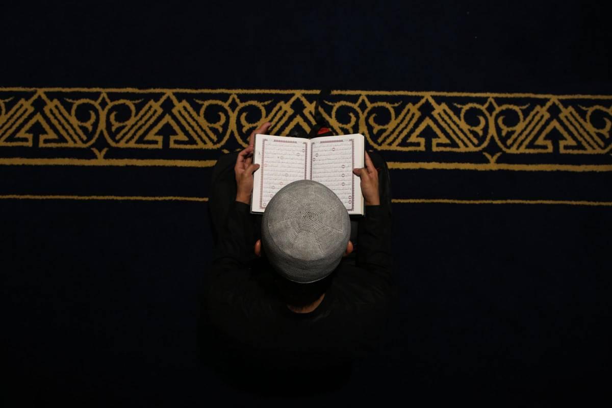 """Nigeria, cantante condannato a morte per blasfemia: """"Ha offeso Maometto"""""""