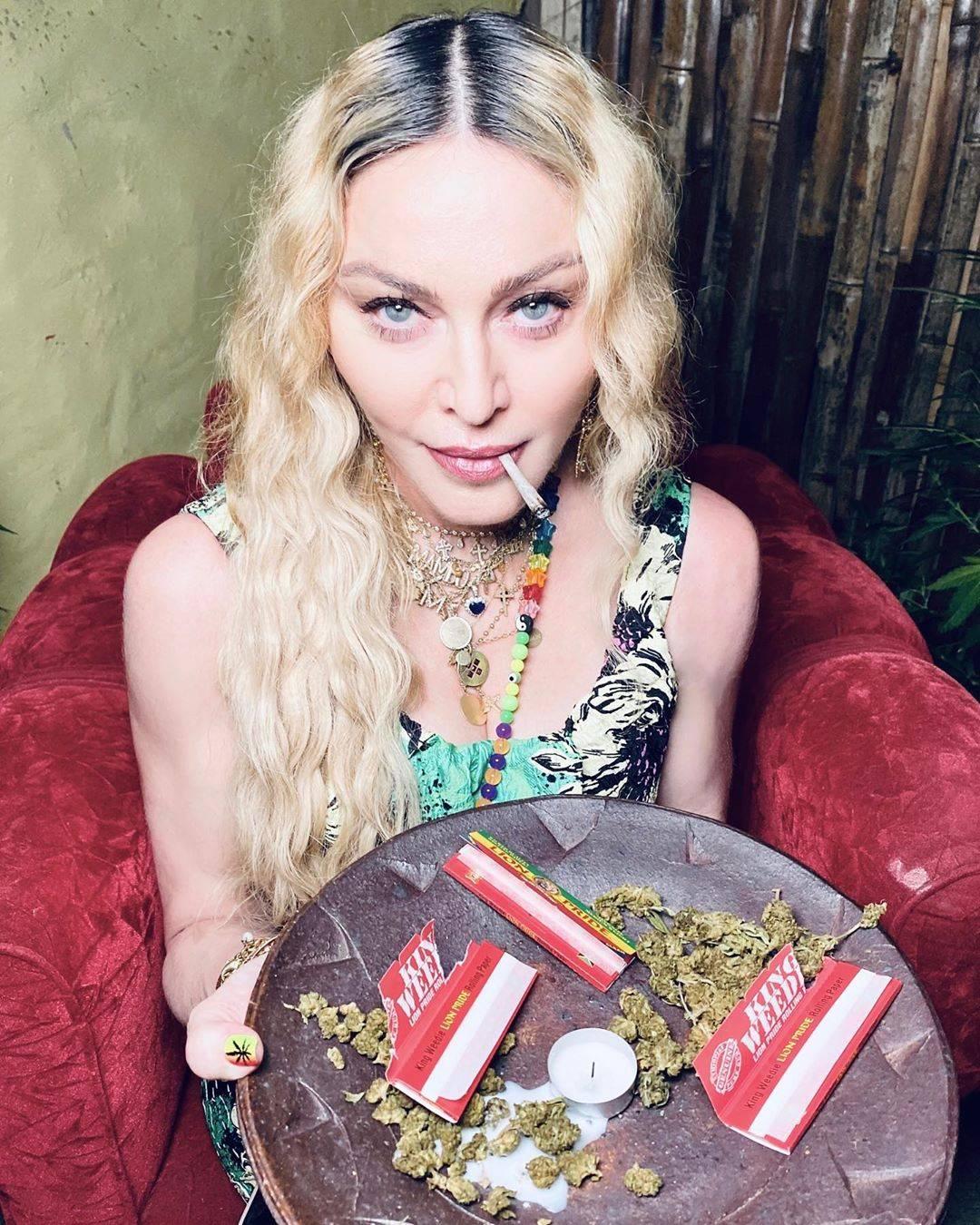 Il compleanno di Madonna in Giamaica: niente mascherine e tanta marijuana