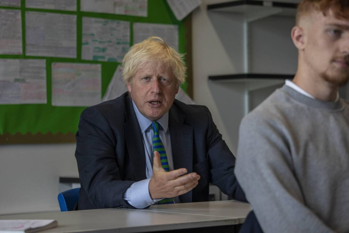Ora Londra non esclude un nuovo lockdown. E pensa ad alzare le tasse per pagare gli aiuti