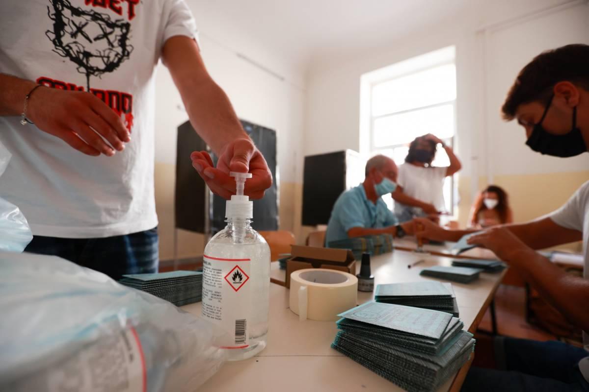 La fuga dal Pd in Veneto e Liguria: un elettore su 5 ha cambiato idea