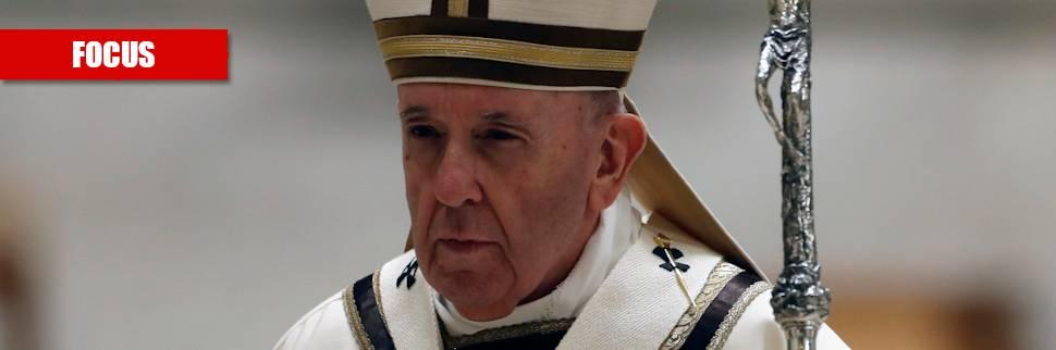 """Spuntano le """"materie riservate"""". Il Papa si blinda con la """"corte"""""""