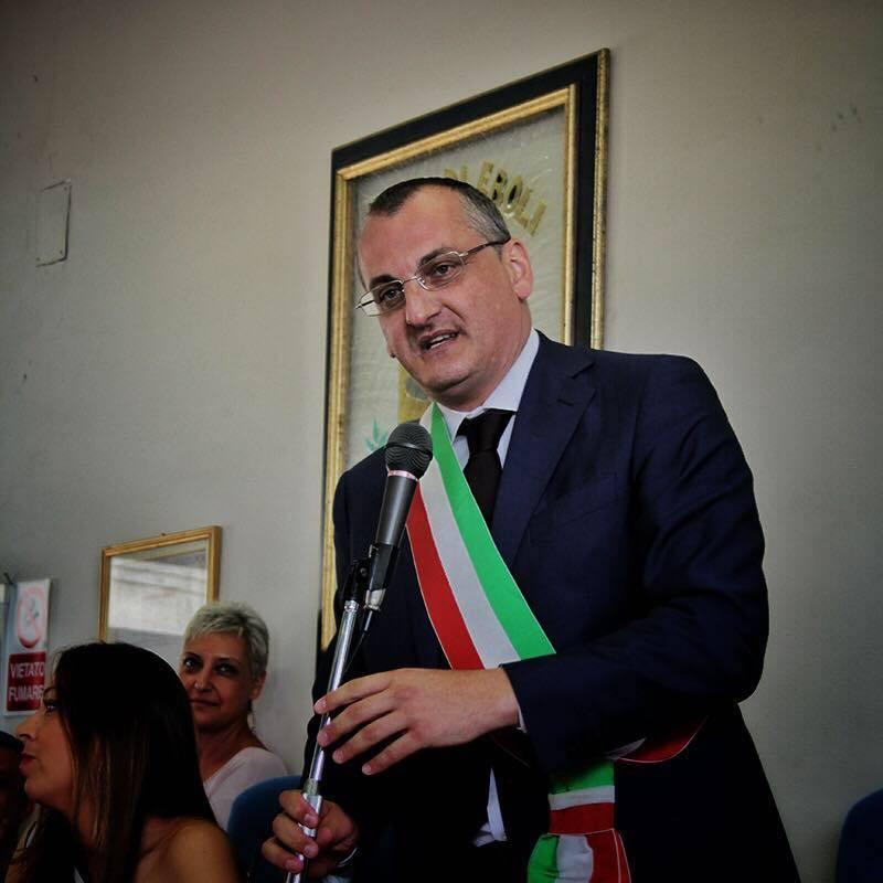 Già arrestato il sindaco eletto con l'80% dei voti: altra tegola sulla sinistra
