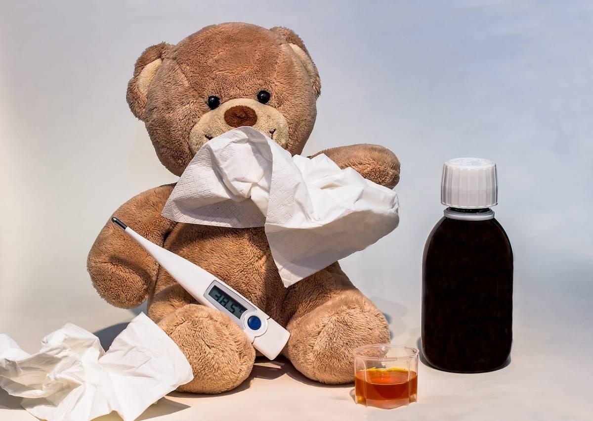 Coronavirus, cosa fare se un bambino ha la febbre