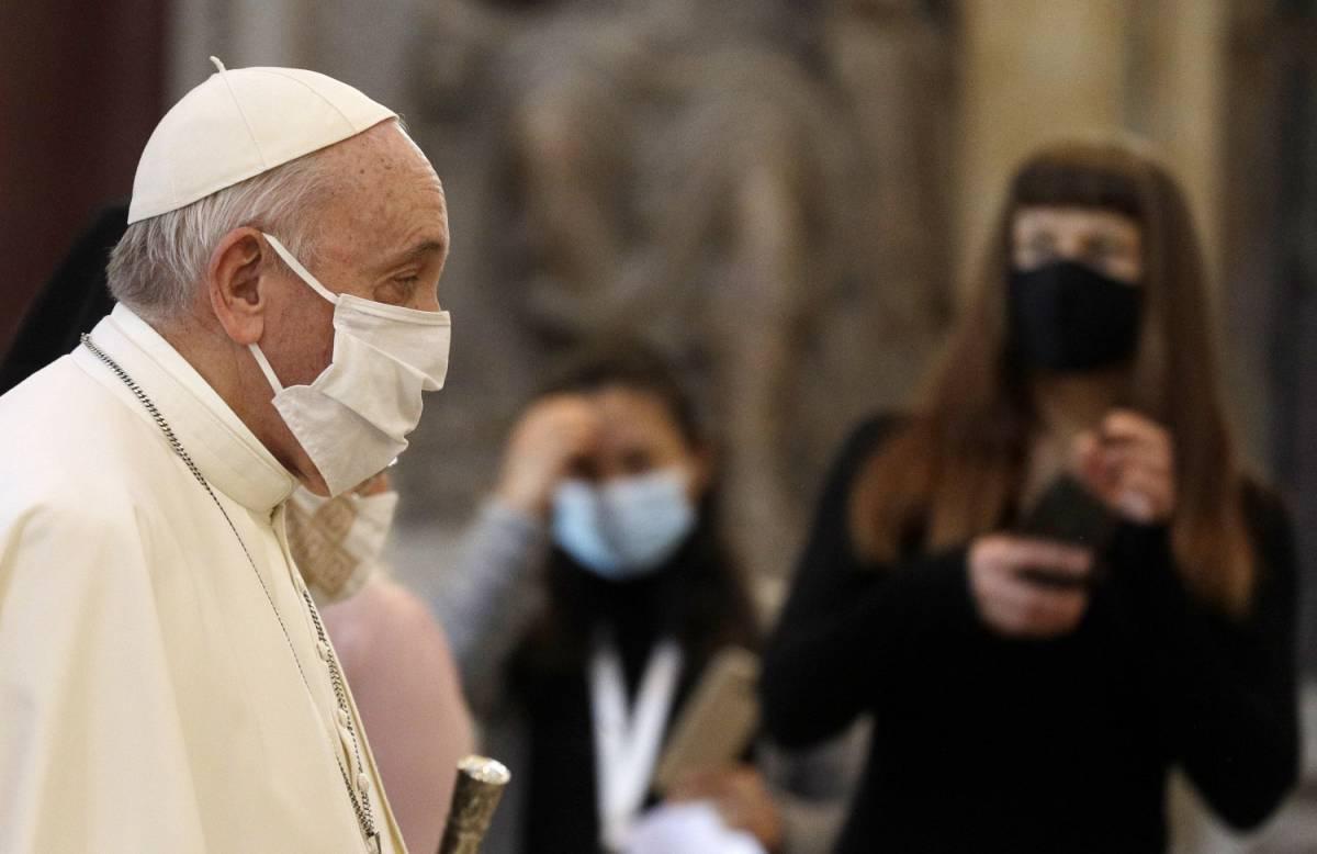 """Il Papa e i """"suoi"""" 13 cardinali. Tra i nuovi metà sono italiani"""