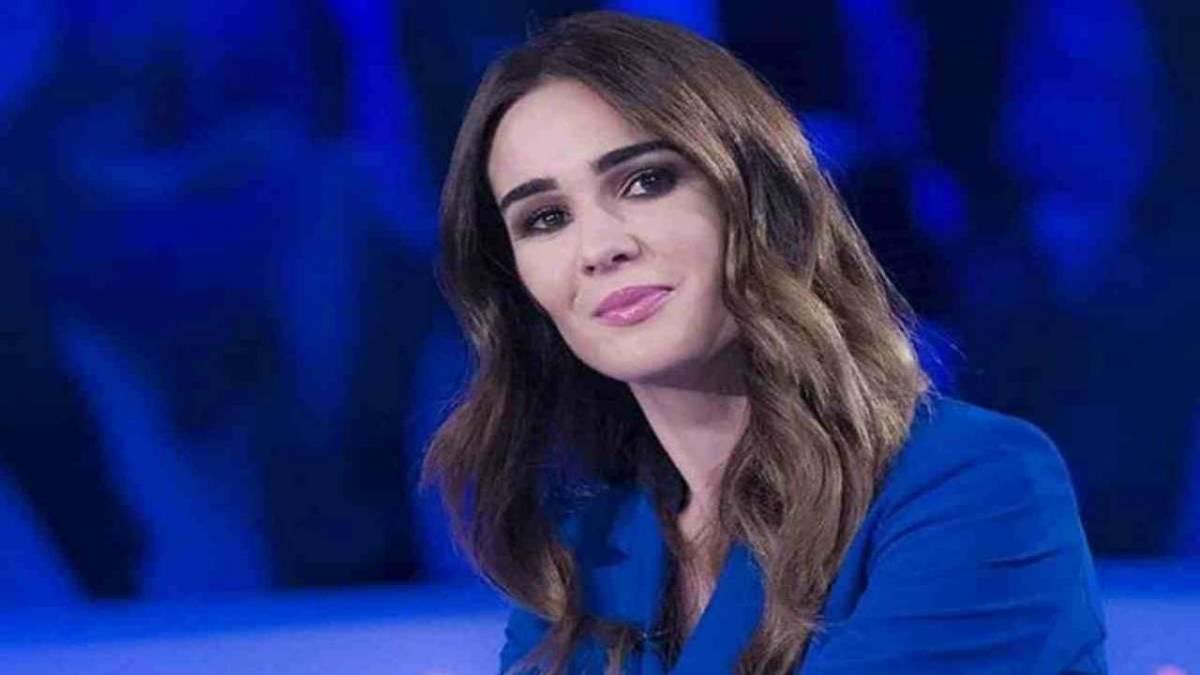 """Silvia Toffanin in tv dopo la scomparsa della mamma: """"Lei avrebbe voluto così"""""""