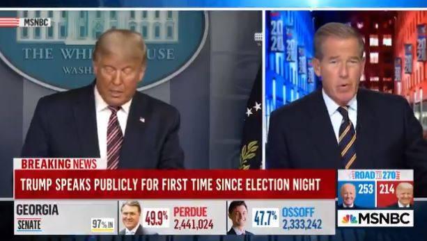 Così le tv censurano la diretta di Trump