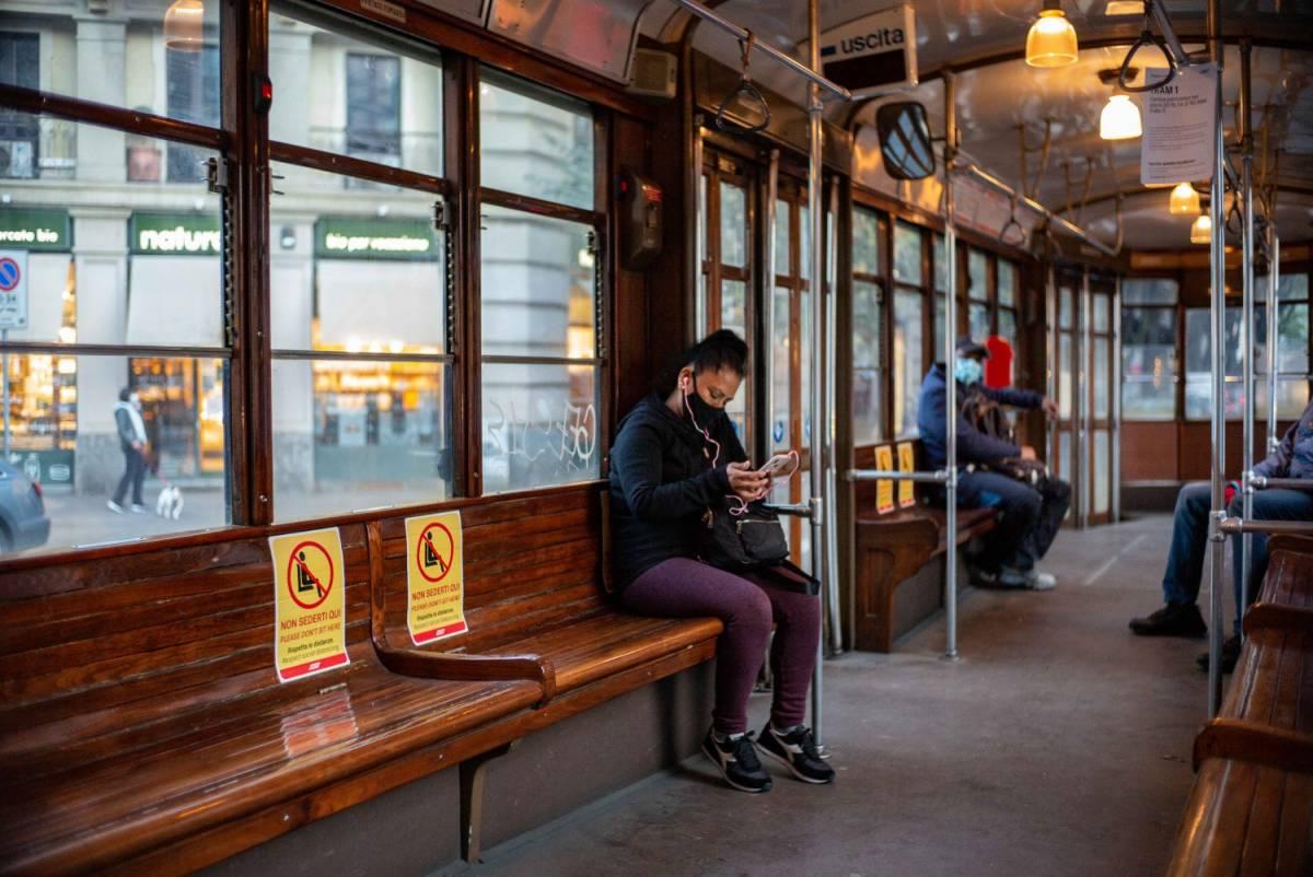 No Green pass: è allarme per mezzi pubblici e rifiuti