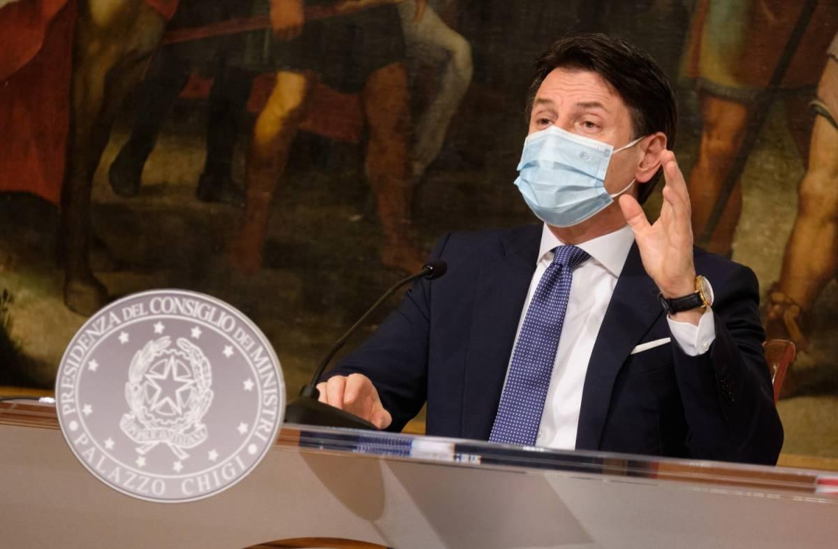 """""""Salvini contro Conte e ce la giochiamo"""". Le parole che aprono la crisi?"""