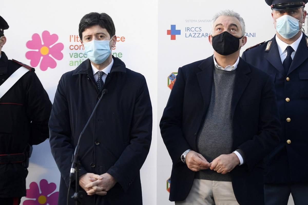 """Vaccini, la grande bugia di Speranza. Mai firmato """"contratti"""" con AstraZeneca"""