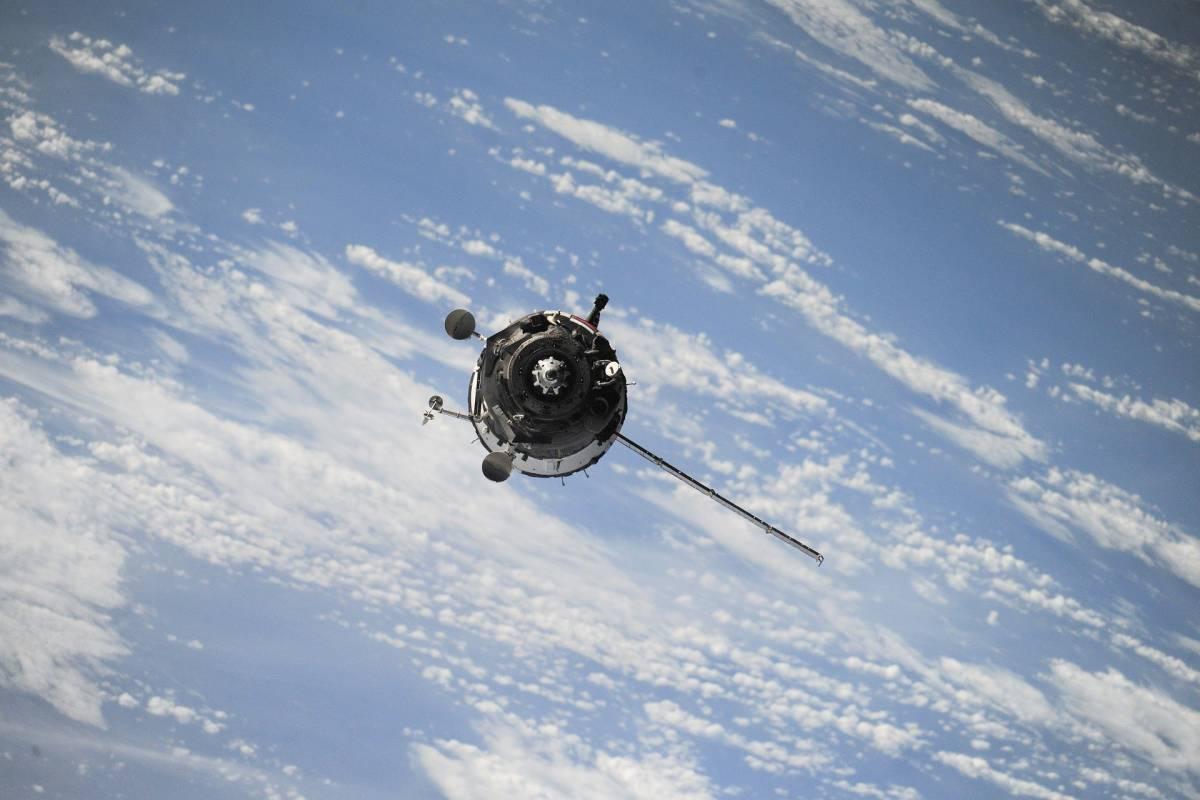 """Protezione civile convoca il tavolo tecnico: """"Frammenti della sonda spaziale in arrivo"""""""