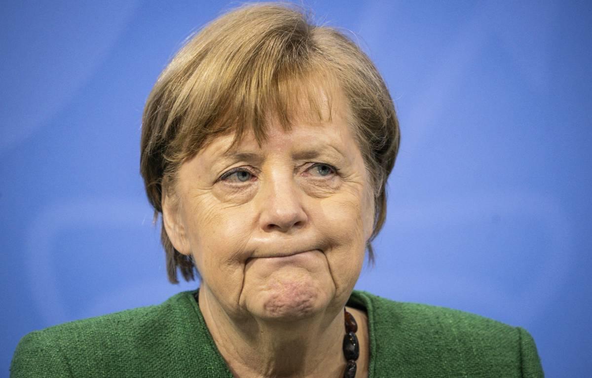 Revocato il lockdown. La Merkel chiede scusa