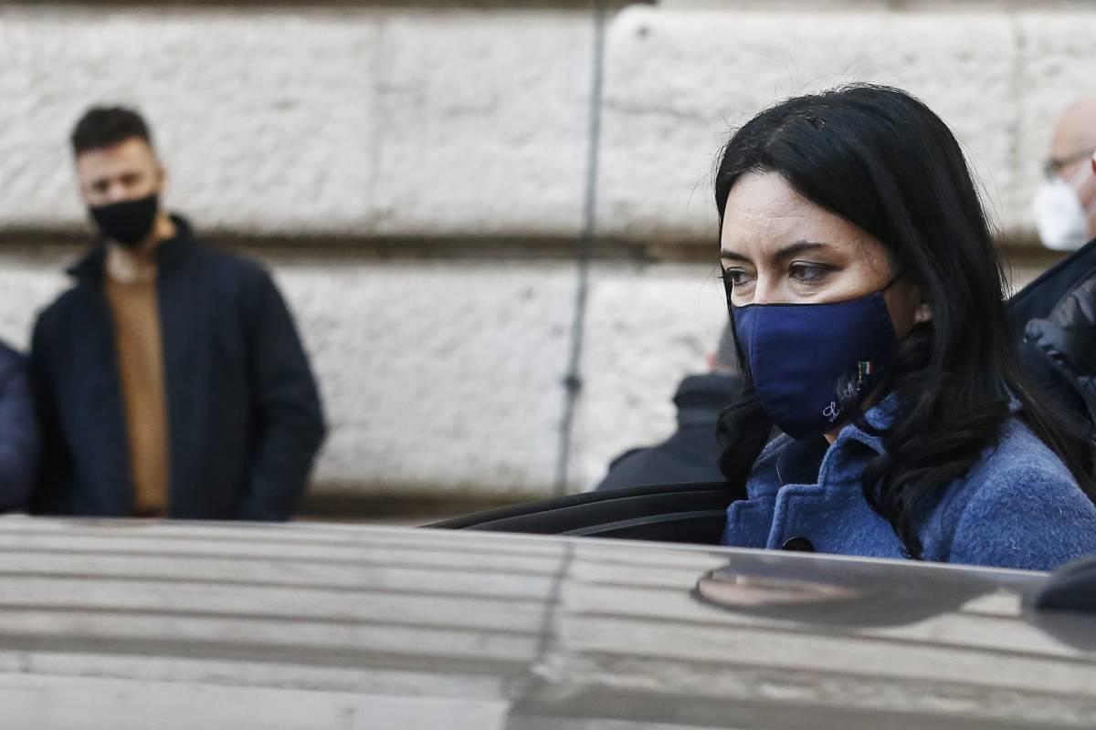 """""""È lo stalker della Azzolina"""". E Bianchi revoca la nomina a Vespa"""