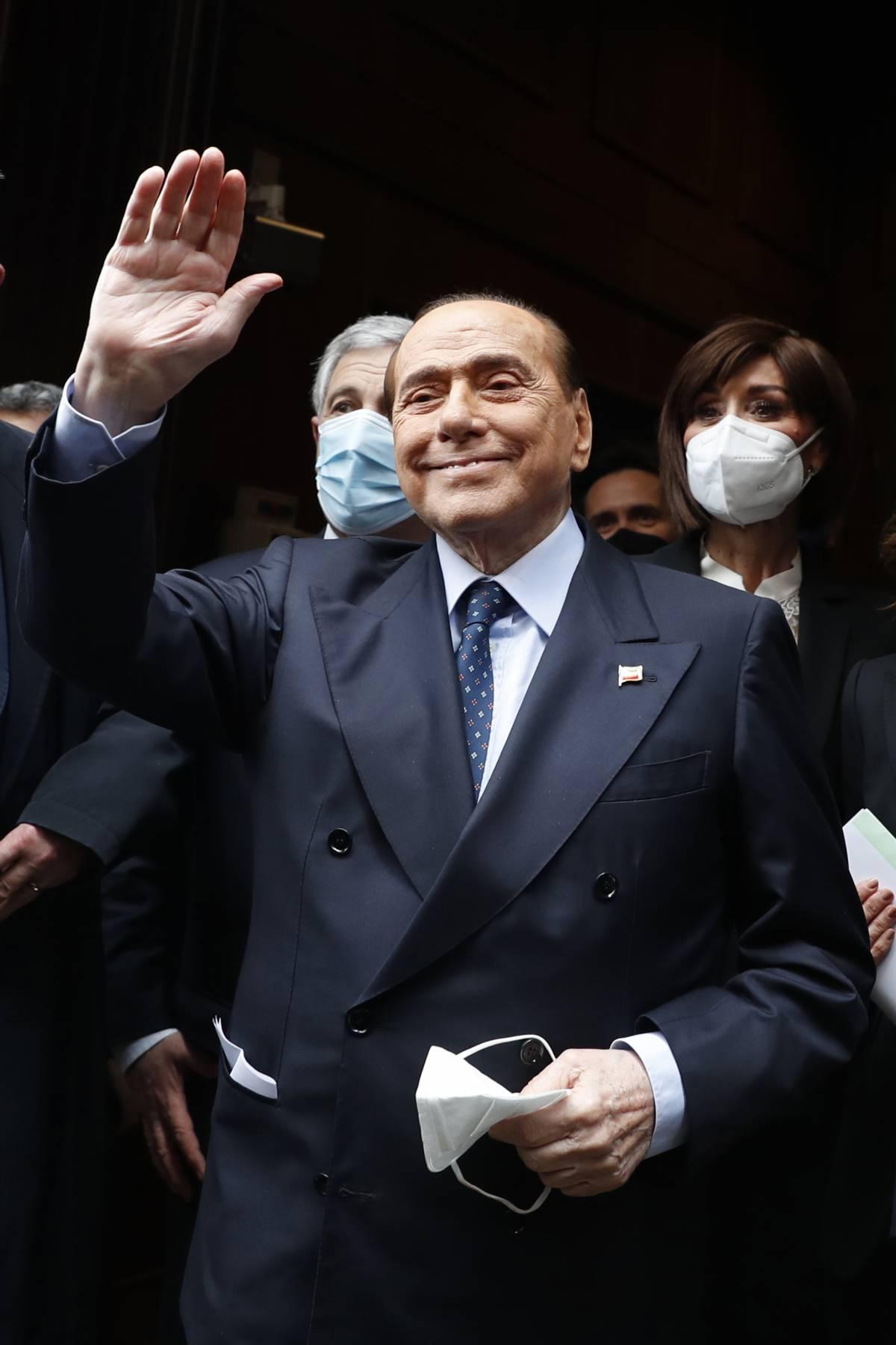 Berlusconi torna al tavolo. Test sui candidati civici