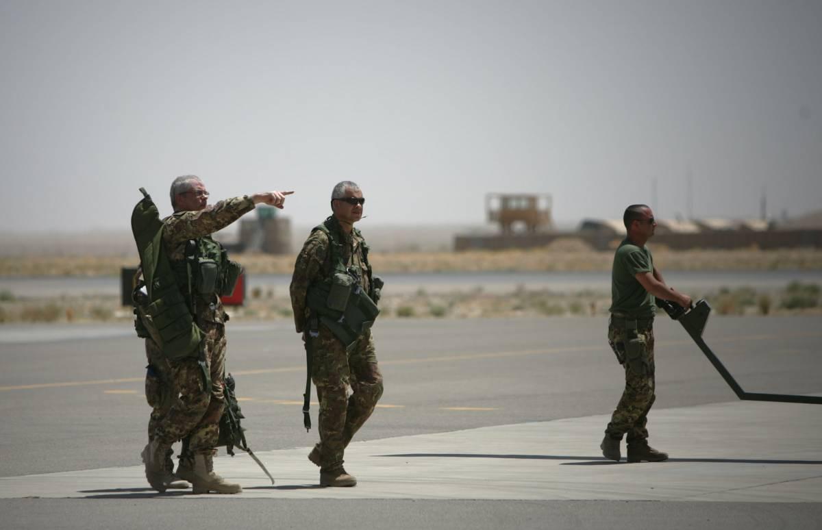 """""""Lasciare l'Afghanistan è delicato e rischioso ma noi via con onore"""""""