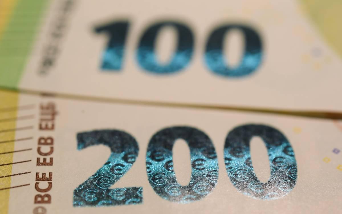 Scattano i prelievi su conti correnti e titoli: ecco chi paga