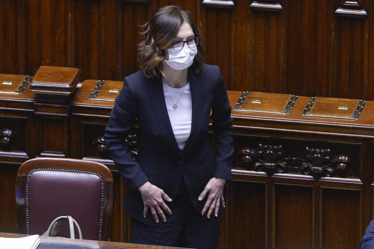 """""""Noi e il nuovo premier..."""", """"Regole non cambiano"""": scontro fra Gelmini e Meloni"""