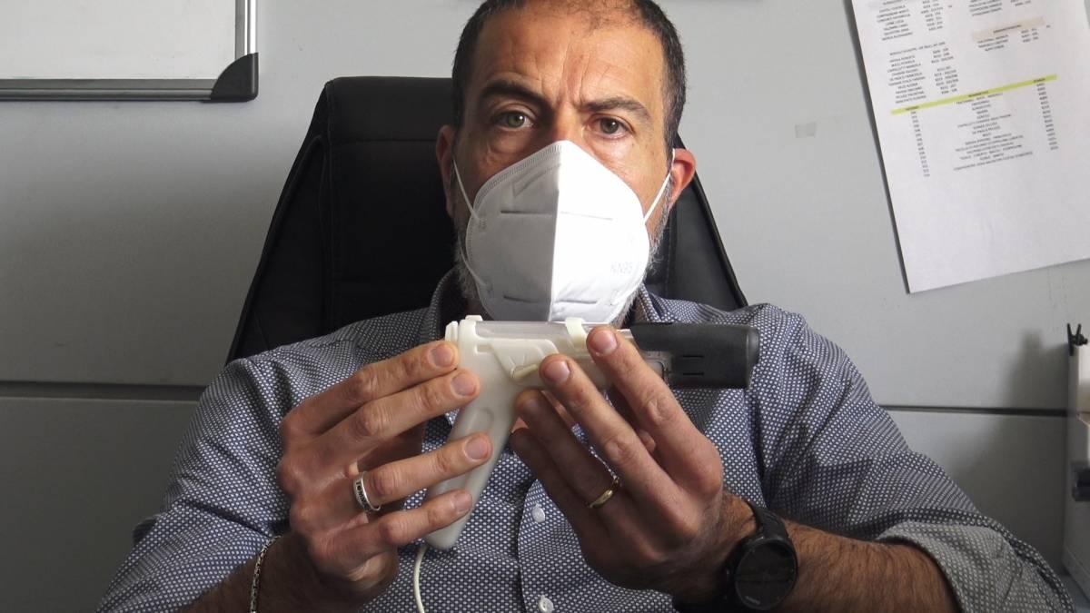 """Covid e-vax, il vaccino made in Italy a base di Dna che si """"spara"""" sottopelle"""