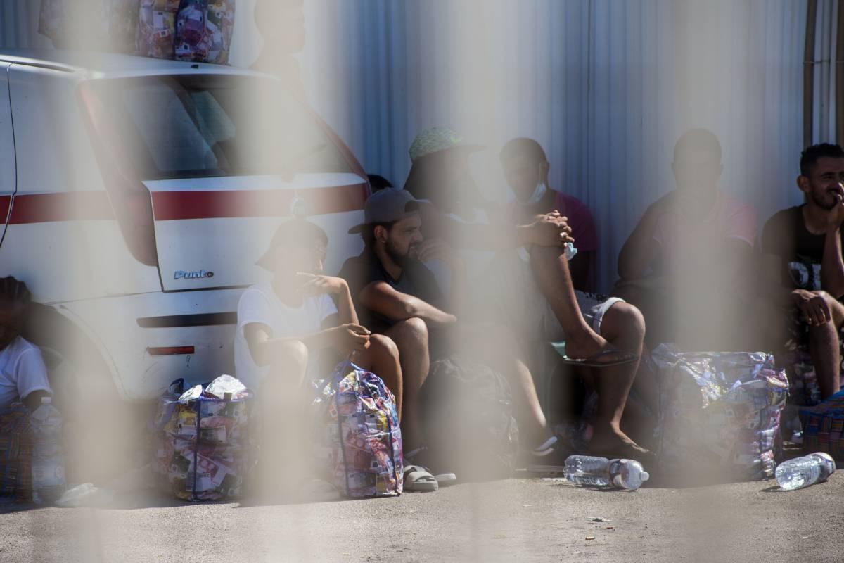 Con il decreto sulle capienze arrivano cento milioni per i richiedenti asilo