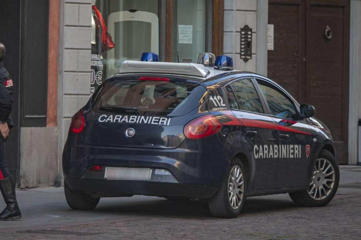 Spara all'ex e poi si suicida: tragedia a Ventimiglia