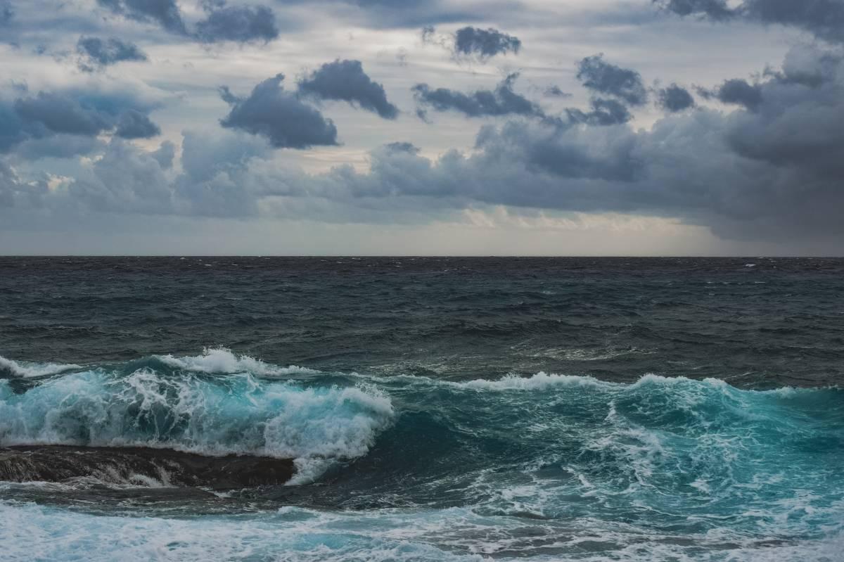 Navi turche contro due pescherecci italiani