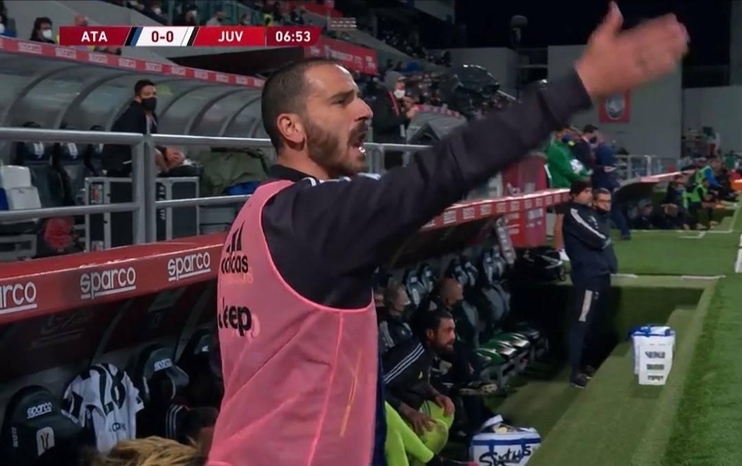 """La rissa in tv durante Juve-Atalanta: """"Non parli da 10 mesi..."""""""