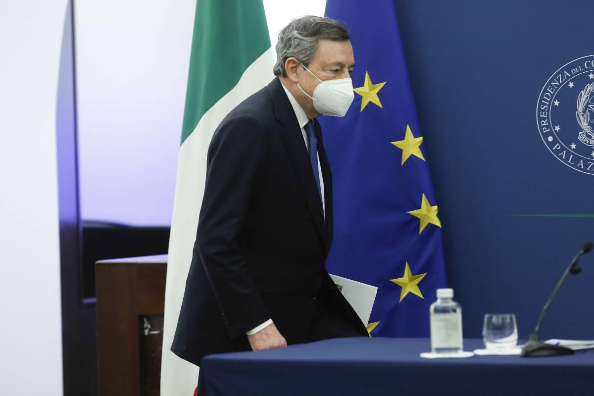"Bloomberg incensa Draghi, ma avverte: ""Rischio ascesa estrema destra"""