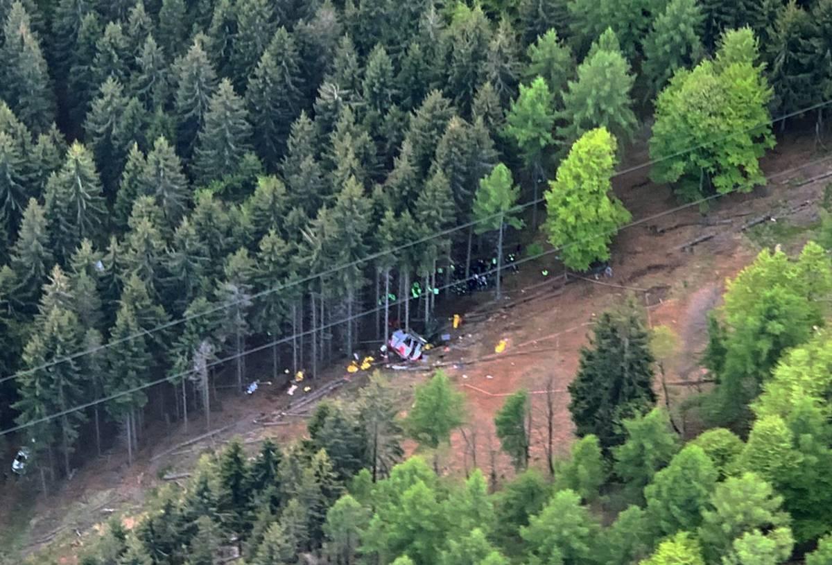 La gita, poi il volo nel vuoto: chi sono le 14 vittime al Mottarone