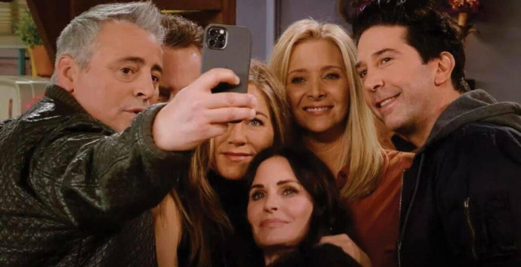 """""""Friends - The Reunion"""", risate e malinconia per lo speciale"""