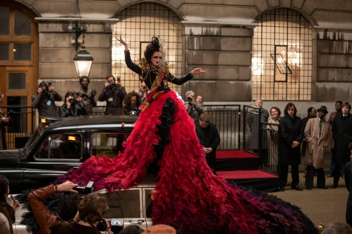 """Evviva la nuova """"Crudelia"""": la vendetta non è mai stata più fashion"""
