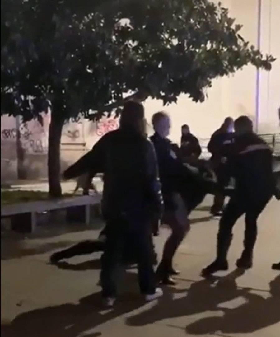 La rapina con il pitbull, poi gli spari: caos nel cuore della movida