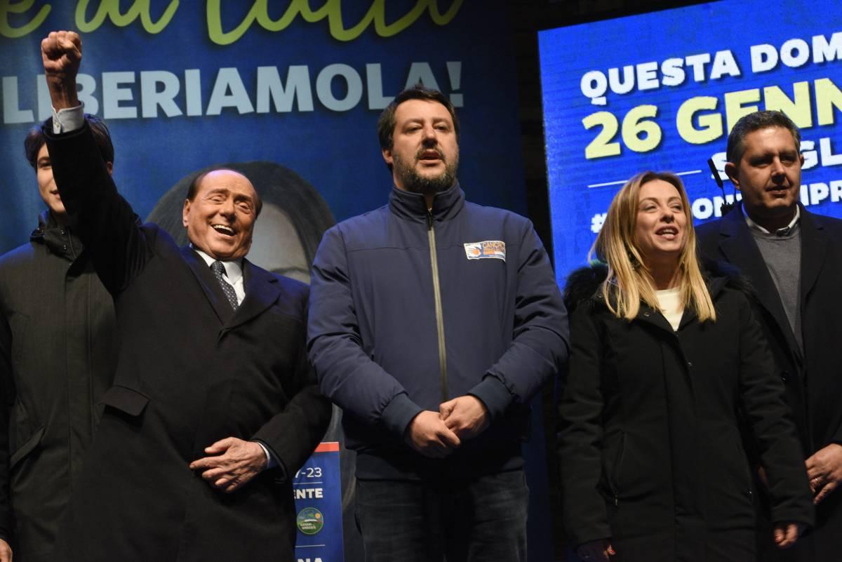 """Berlusconi ora rilancia il ruolo di Forza Italia """"Partito unico nel 2023"""""""