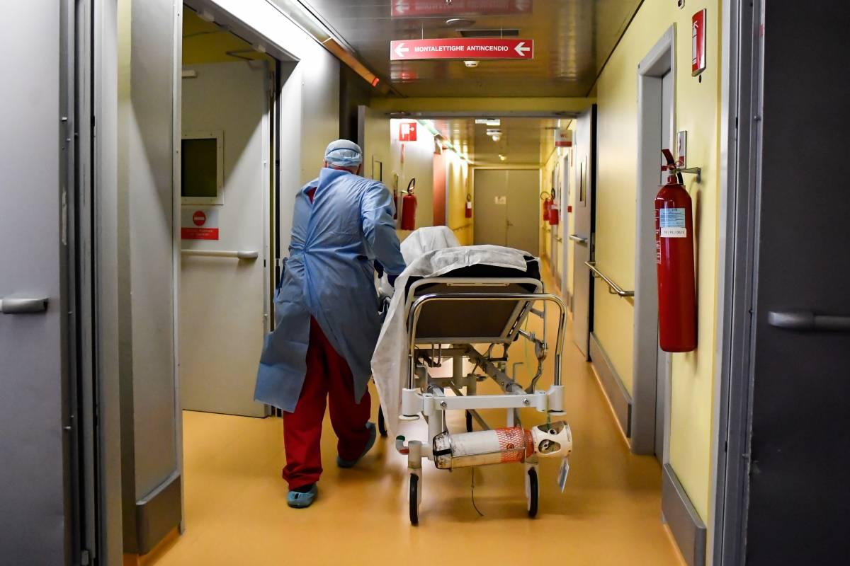 """L'allarme del Cts: """"Avremo due pandemie"""""""