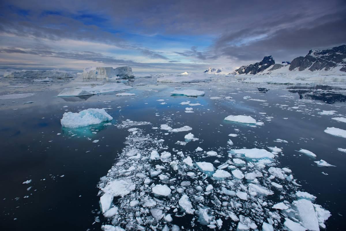 """Cambiano i libri di geografia: c'è un """"nuovo"""" oceano"""