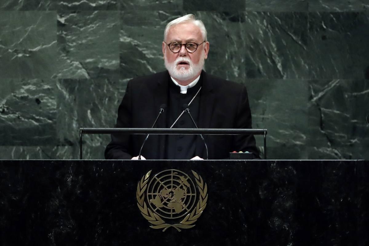 Paul Richard Gallagher, il diplomatico vaticano dietro la missiva contro il ddl Zan