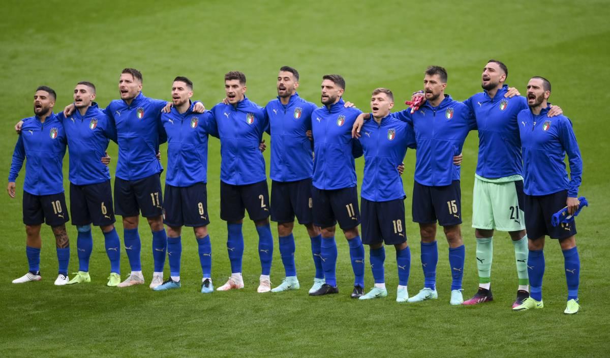 Se 11 azzurri in piedi diventano ambasciatori del Paese reale