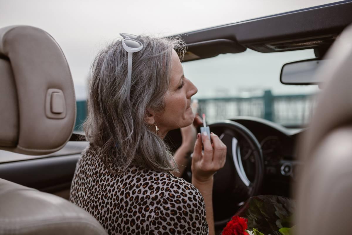 Trucco over 60, tutti i segreti per apparire più giovani
