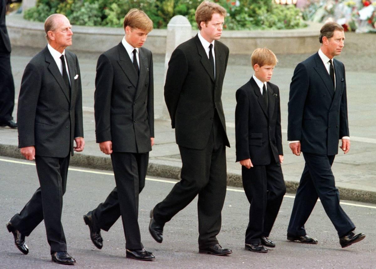 """""""Harry è più adatto di William a fare il re"""": spunta la verità di Diana"""