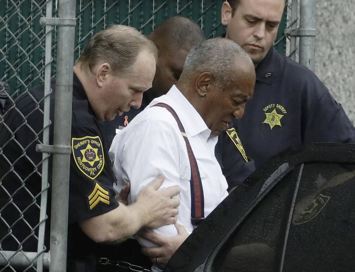 """Bill Cosby torna in libertà. Le accuse non valide per il """"mostro"""" del MeToo"""