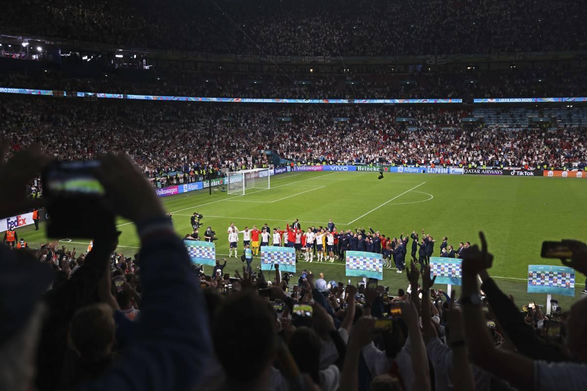 Cosa non torna sull'Inghilterra in finale