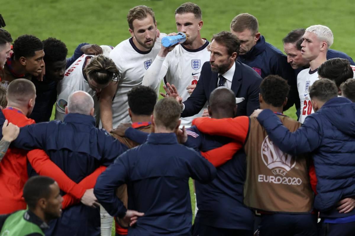 """""""Non si è allenato"""". L'Inghilterra adesso trema per la finale"""